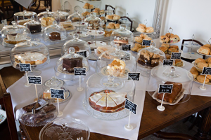 photo of desserts (sweets)